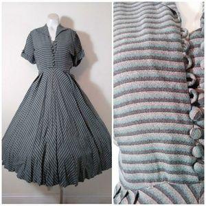 40s 50s stripes pleats full skirt vintage dress